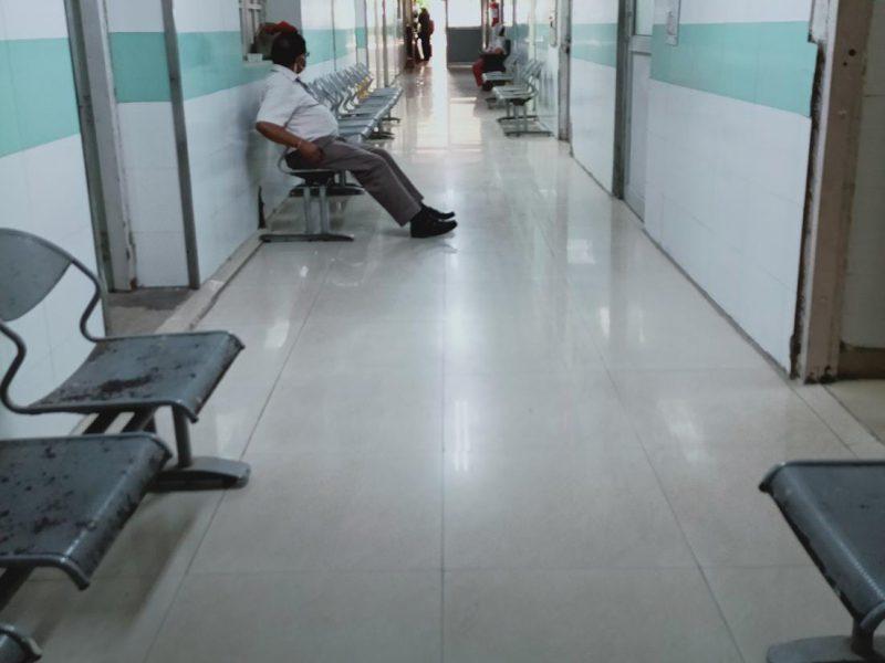 दिल्ली में कोरोना संक्रमण दर घटकर 14.24 फीसदी हुई, 10489 नए मामले आए